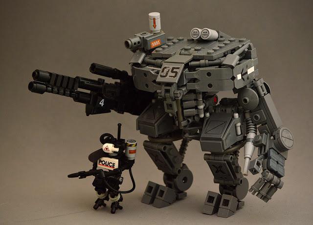 LEGO_MOC_Vertical_Tank_Mech